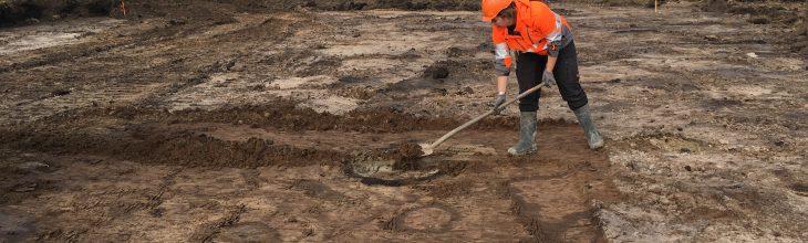 Oude waterput opgegraven tijdens werkzaamheden voor de natuur en waterberging in het Zuidelijk Westerkwartier